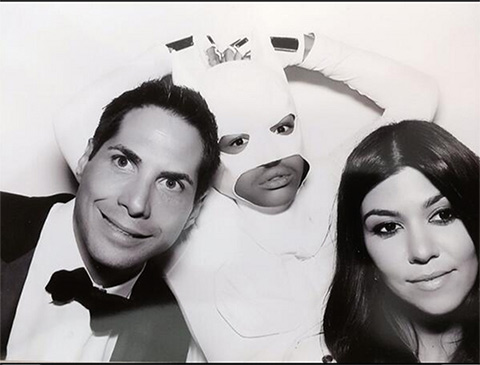 Jaden Smith sorprende vestido de \'Batman\' blanco en la boda de Kim ...