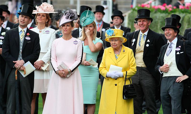 Qué royal ha repetido el mismo look en el Royal Ascot en siete ocasiones?