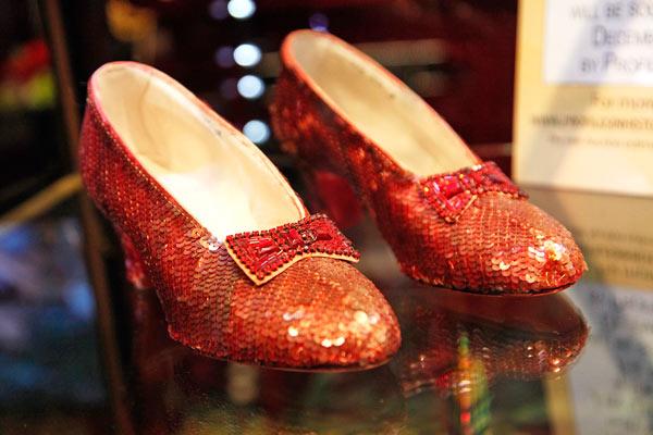 Resultado de imagen de dorothy mago de oz zapatos