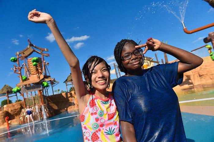 Conoce el primer parque acuático enfocado en personas con necesidades diferentes, ¡está increíble!