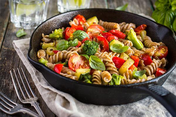 7 tips para comer saludable y cuidar tu dinero for Preparar comida rapida