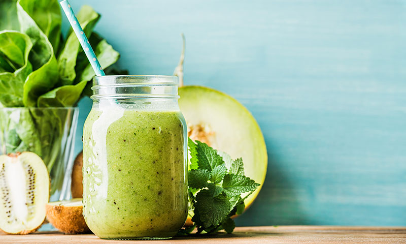¿No te gusta el jugo verde? 6 tips para que te sepa mejor