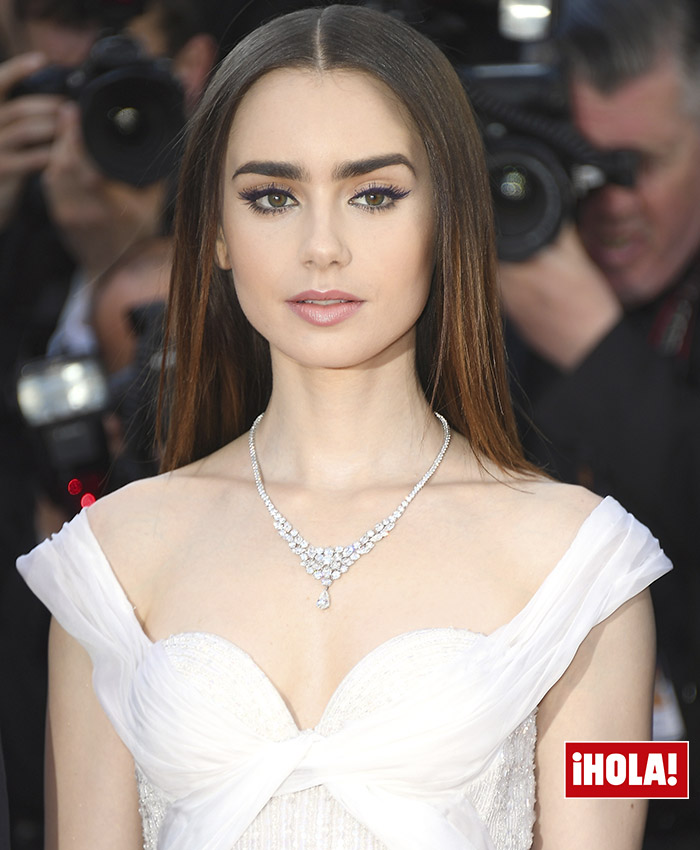 lily-collins-cannes