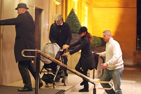 Una rom ntica cena un paseo junto a su hijo leo y una - Cena romantica en londres ...