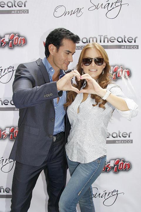 http://mx.hola.com/imagenes//cine/201209112255/angelique-boyer-abismo-de-pasion/0-7-731/abismo-pareja--a.jpg