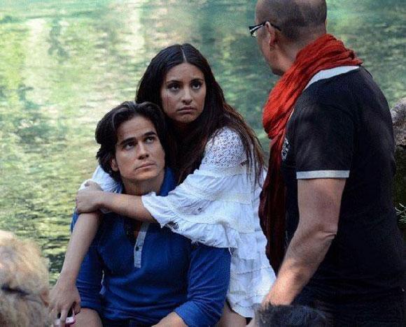 ... el tema principal de su nueva telenovela 'Corazón indomable