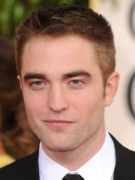 how to style straight hair men robert pattinson inseparable y feliz junto a keough 6148 | robert%20pattinson riley z