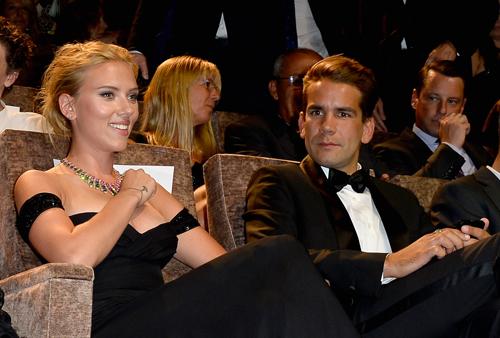 Iker Casillas, Sara Carbonero, Scarlett Johansson, Charlize Therón, Sean Penn… ¿suenan campanas de boda?