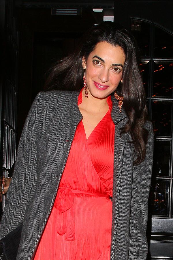 Amal Alamuddin, la esposa de George Clooney, nombrada la Persona más fascinante del 2014