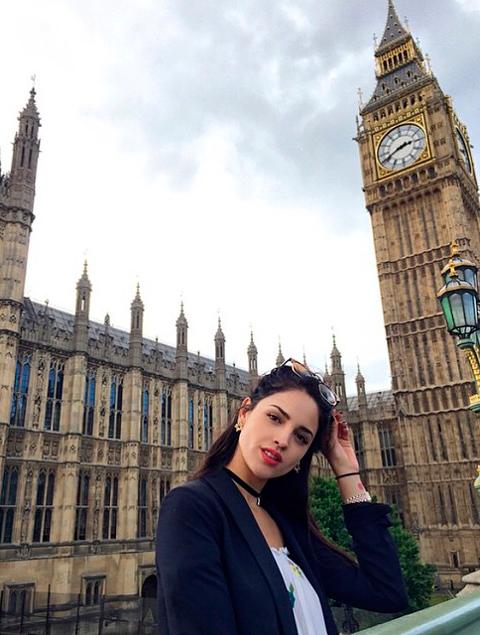 Sensual Y Estilosa Eiza Gonz Lez De Vacaciones Por Europa