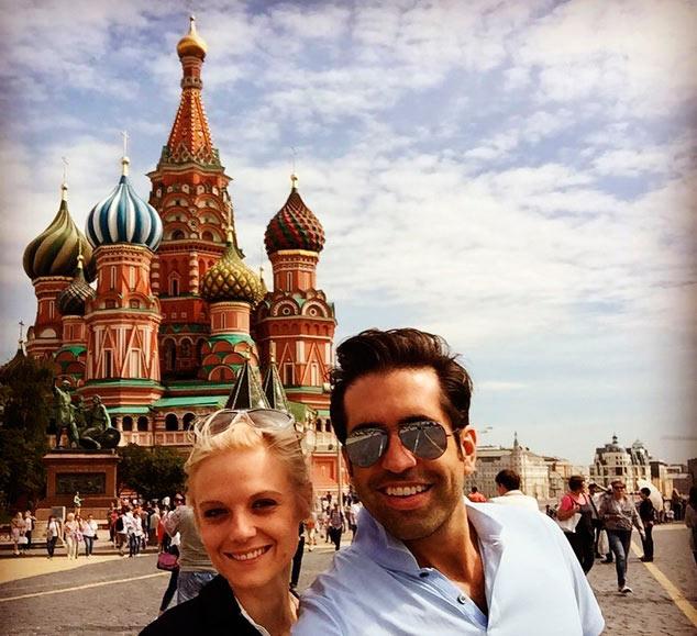 ana layevska regresa a rusia la tierra de sus padres en romntico viaje