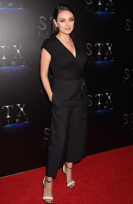 ¡Guapísima! La primer aparición de Mila Kunis después del nacimiento de su segundo hijo