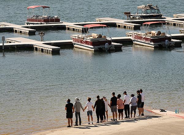 Familia de Naya Rivera en el lago Piru