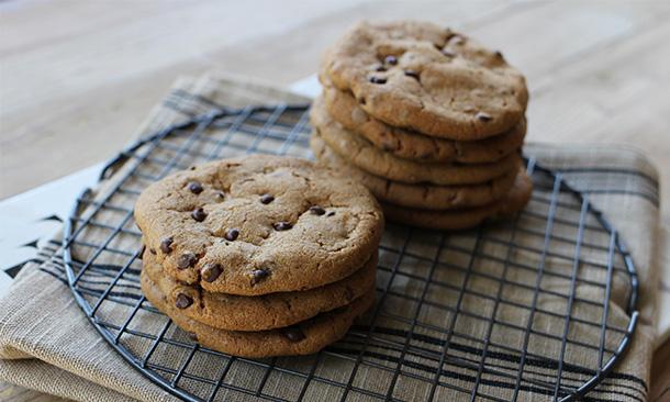 ¡Adiós culpas! Prepara estas deliciosas galletas con chispas de chocolate