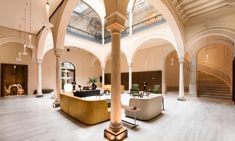 Seis hoteles con una decoraci n y un dise o de cinco for Decoracion de interiores hoteles