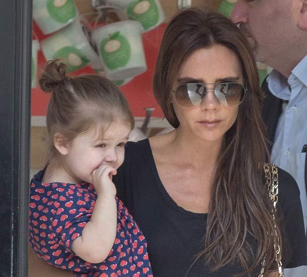 Victoria y Harper Beckham
