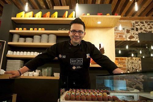 Amantes del chocolate celebran ocho a os de 39 que bo 39 for Chefs famosos mexicanos