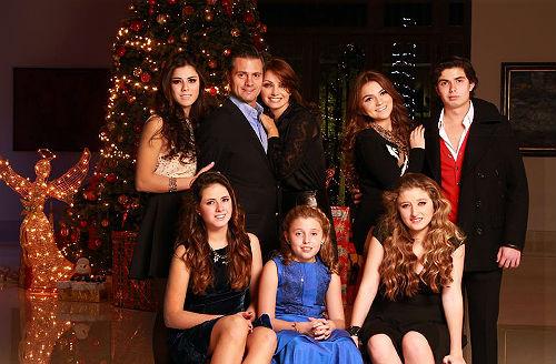 dama familia