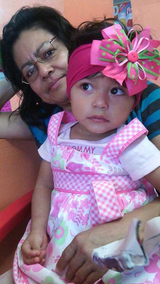 Nena De Veracruz Posando Mamando Y Cogiendo En Bikini