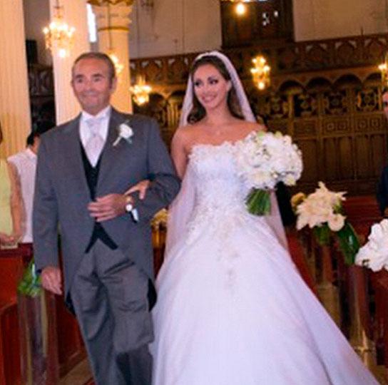 Vestido de novia de anahi