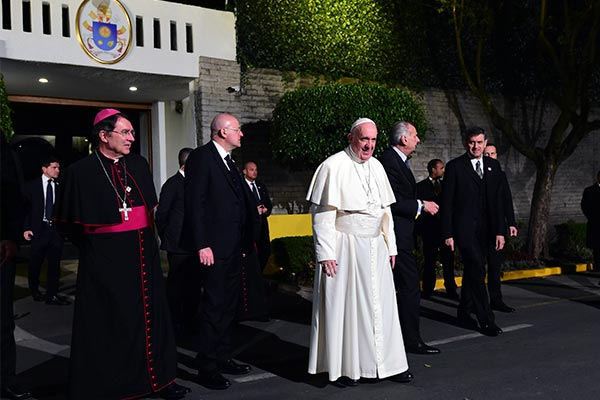 COLOMBIA: Primera noche del santo Padre en Colombia
