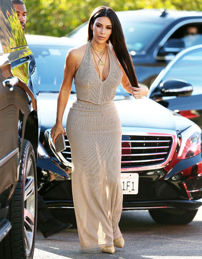 Roban 10 millones de dólares en joyas a Kim Kardashian a punta de pistola en París