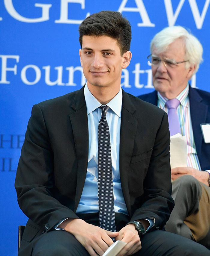 El nieto de JFK, digno heredero de la galanura de su tío John F. Kennedy Jr.