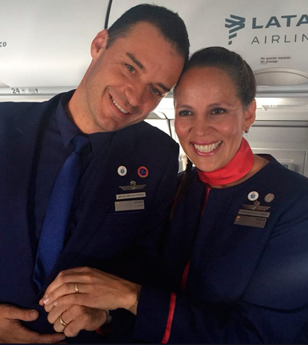 latam-airlines-boda-papa-francisco
