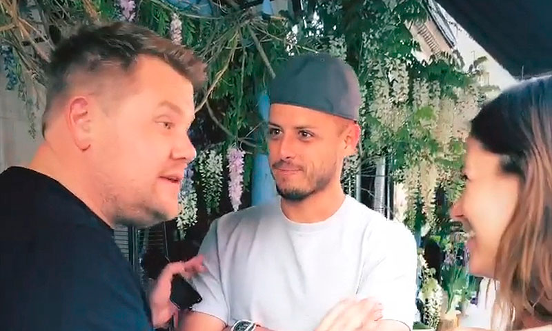 Chicharito presume su encuentro con James Corden, ¿habrá 'carpool' con ritmo mexicano?