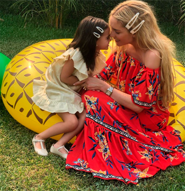 Tania Ruiz y su hija Carlotta en el cumpleaños número de su hija, el pasado 9 de junio