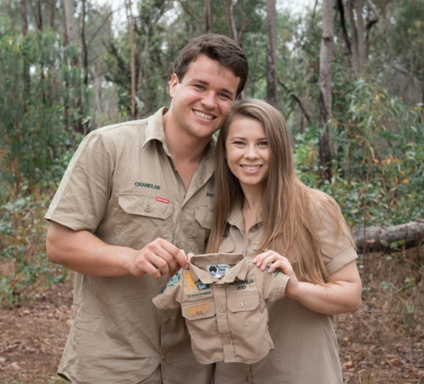 Bindi Irwin y Chandler Power
