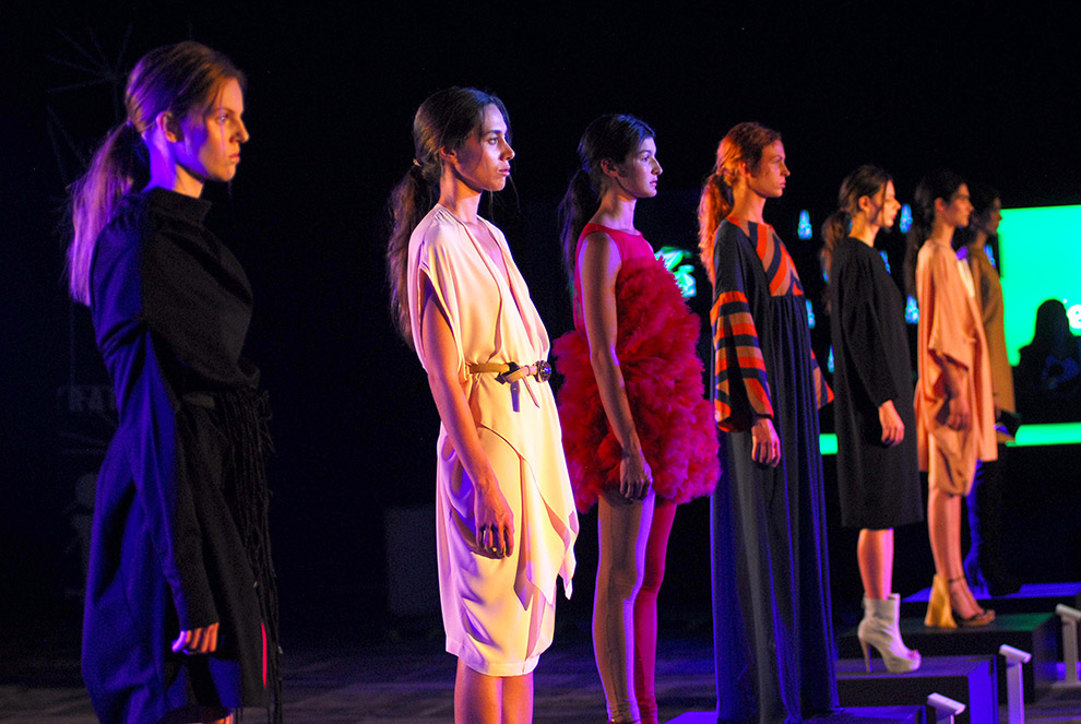 El color y los diseños del Mercedes-Benz Fashion Weekend