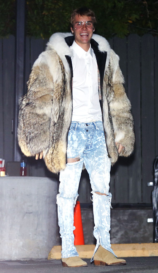 Abrigos de piel de tigre blanco