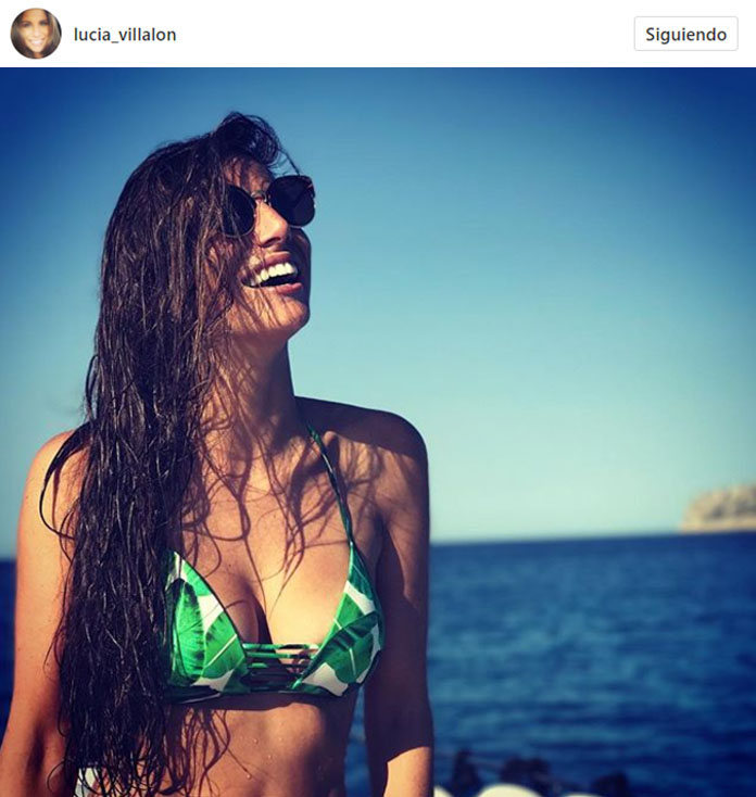 lucia-villalon-bikini-tropical