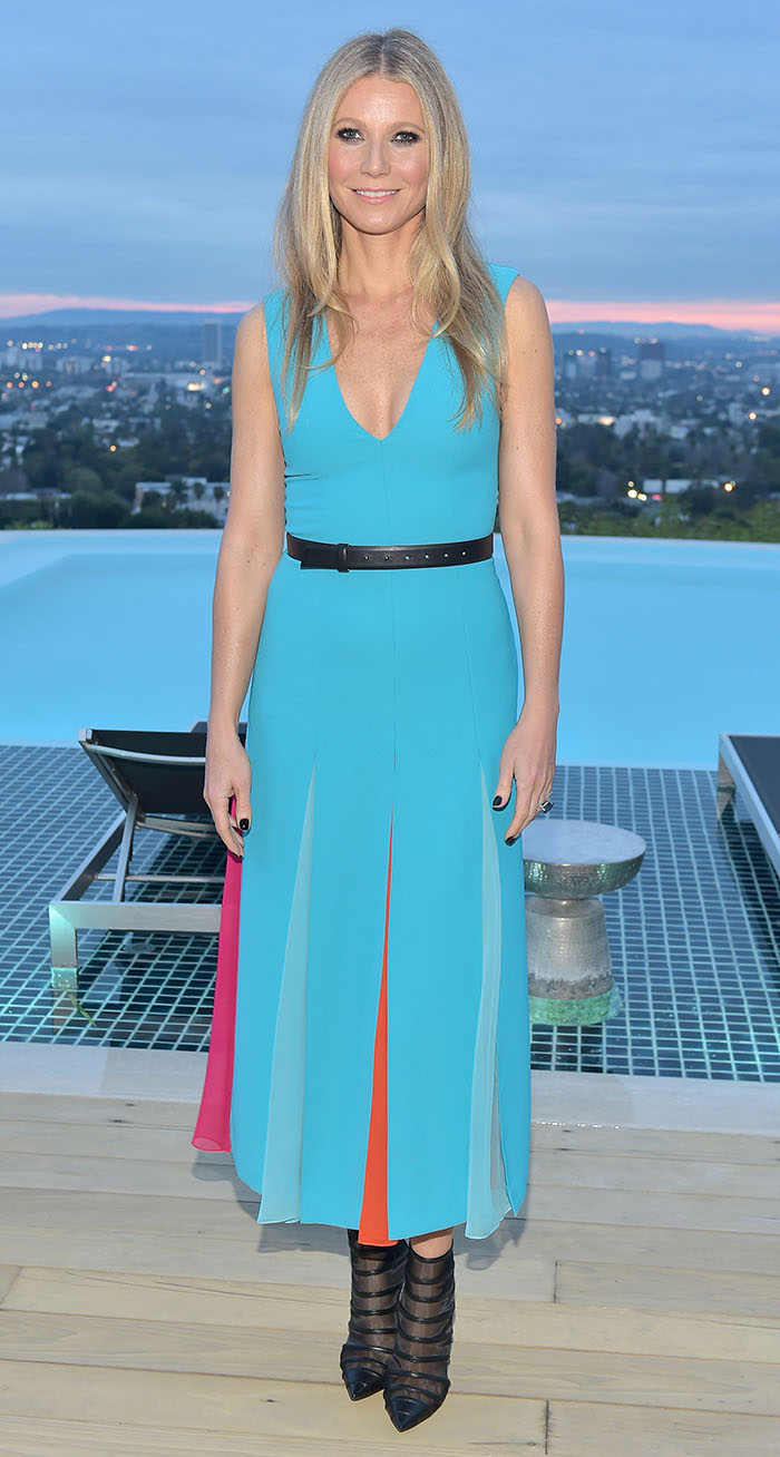 Gwyneth Paltrow en un look azul