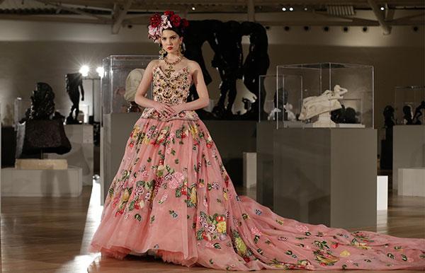 Desfile de moda vestidos de noche