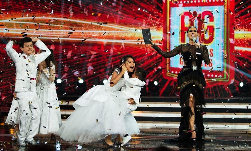 Galilea Montijo luce costoso vestido en final de pequeños gigantes