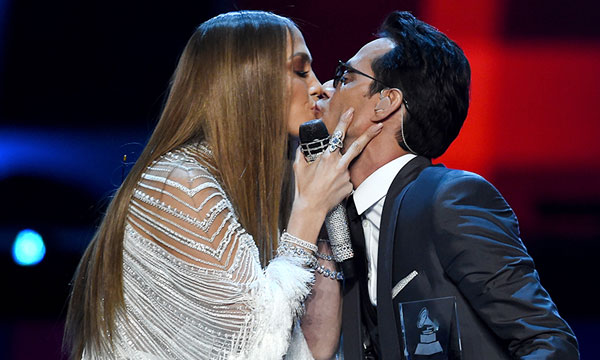 marc-anthony-y-jlo-beso