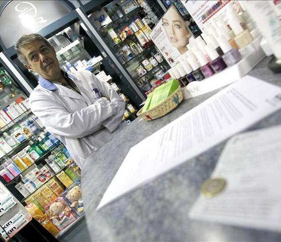 Las farmacias madrile&ntilde;as registran consultas de ciudadanos en el primer d&iacute;a del <strong>euro por receta</strong>