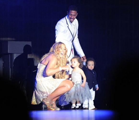<strong>Mariah Carey</strong> estrena el nuevo a&ntilde;o rodeada de los suyos y al son de su pasi&oacute;n, la m&uacute;sica