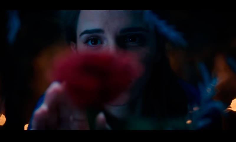 El primer vistazo de Emma Watson como Bella ha revolucionado a la red