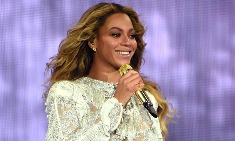 A Beyoncé no le gustó su vestido de novia, pero lo usó para complacer a su mamá