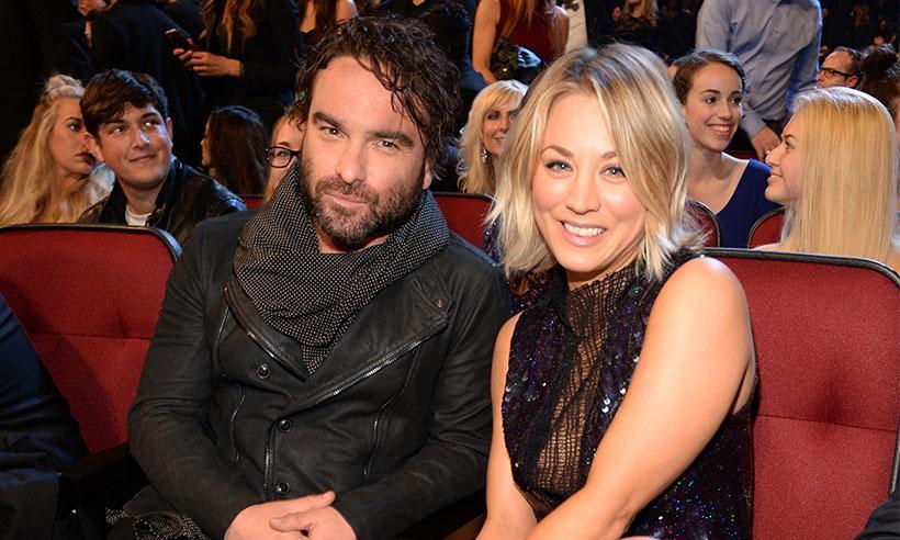 Kaley Cuoco y Johnny Galecki se casan en el estreno de la décima temporada de The Big Bang Theory