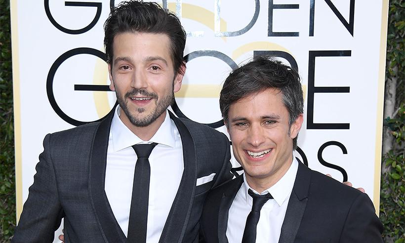 Gael García, Diego Luna y su saludo en español, le ponen el toque mexicano a los Golden Globes