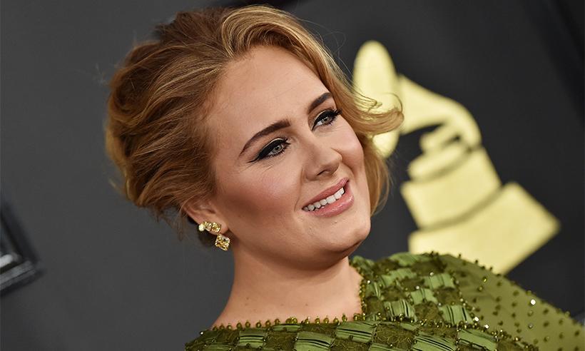 Adele sobre su pequeño hijo Angelo: 'Estoy educándolo para que respete a las mujeres'