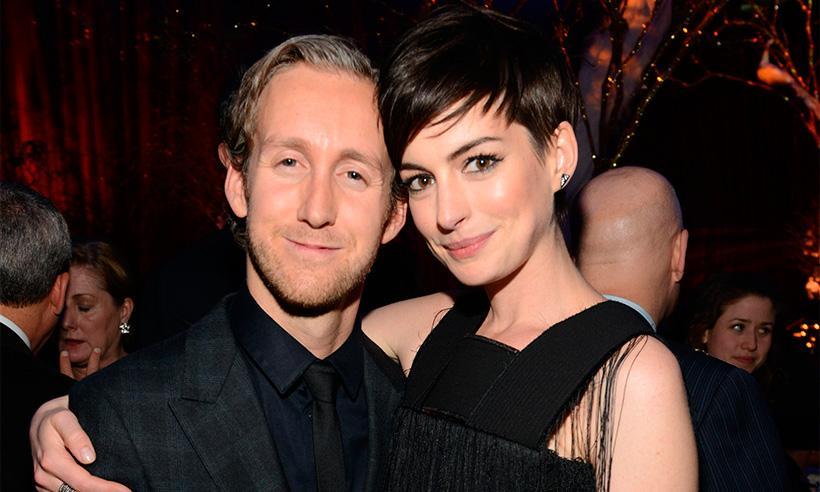 Anne Hathaway sobre su esposoAdam Shulman: 'Él cambió mi manera de estar en el mundo'