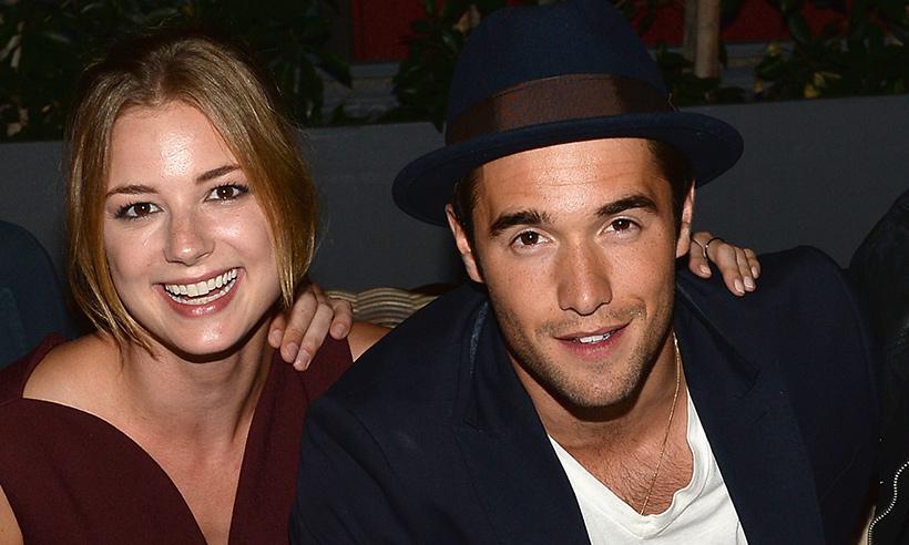 Emily VanCamp anuncia su compromiso con Josh Bowman, compañero de reparto en Revenge