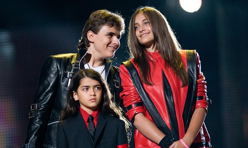 El hijo menor de Michael Jackson, Blanket, ha cambiado su nombre