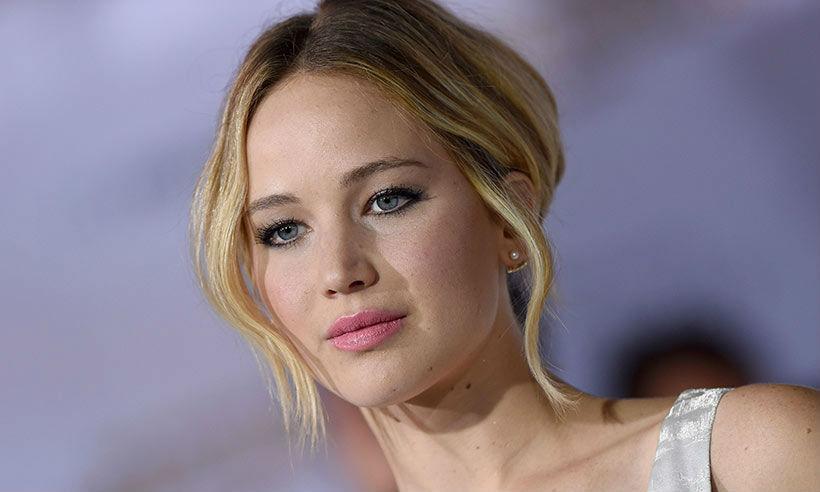 El avión privado de Jennifer Lawrence realiza un aterrizaje de emergencia por falla en el motor