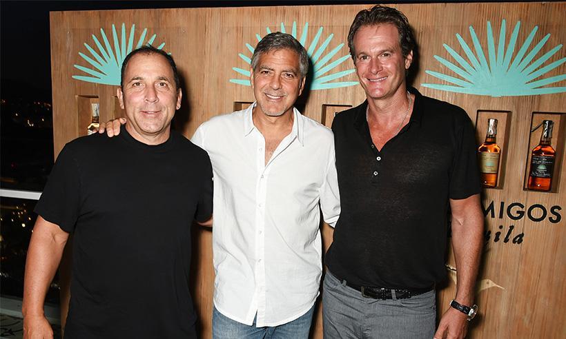 George Clooney vende su compañía Casamigos Tequila por mil millones de dólares